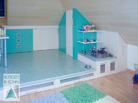 platz zum spielen. Black Bedroom Furniture Sets. Home Design Ideas